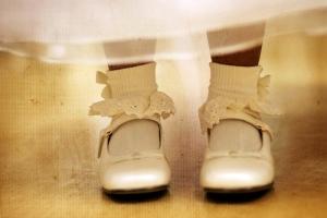 flower-girl-mary-jane-s_10-prettiest-wedding-shoes